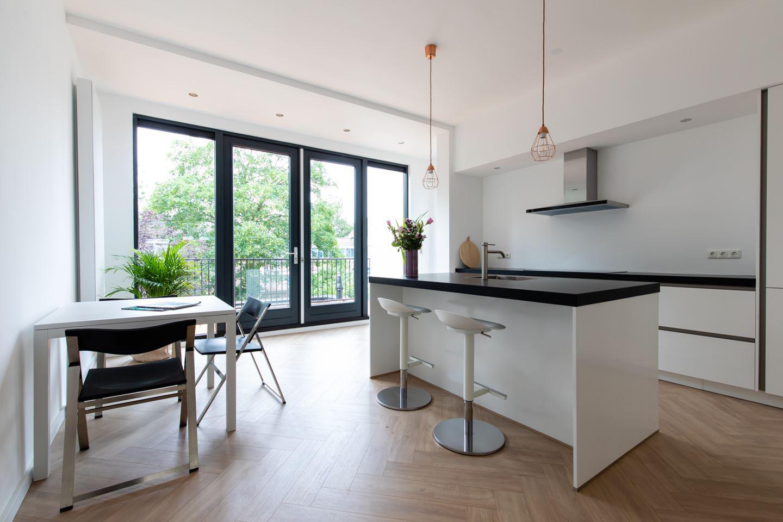 Maatwerk Keukenbladen Van Graniet Belgisch Hardsteen Composiet Keramiek En Dekton